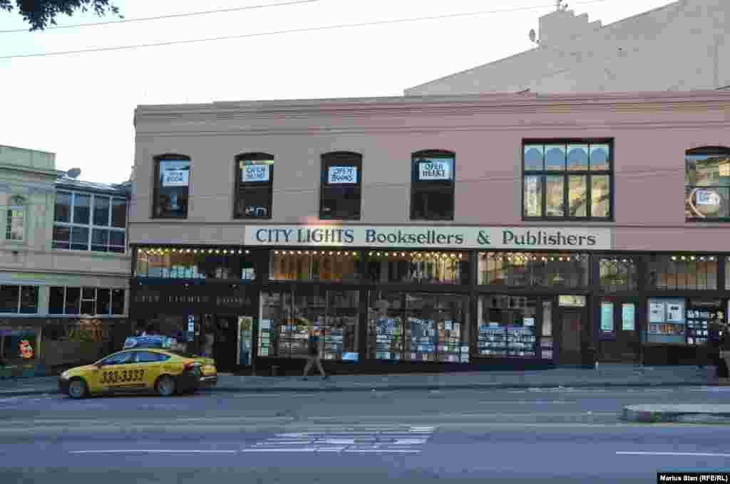 City Lights Booksellers la San Francisco