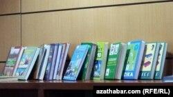 Türkmen kitaplary.