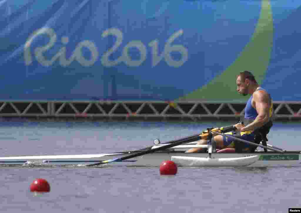 Роман Полянський, золотий призер Літніх Паралімпійських Ігор 2016 із академічного веслування