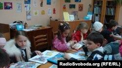 Третьокласники однієї зі київських шкіл