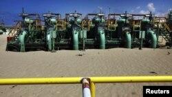 از تأسیسات نفتی لیبی در نزدیکی شهر اجدابیا.