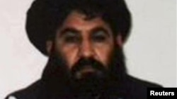 ملا منصور بلوچستان کې د امریکا د بې پیلوټه الوتکې په برید کې ووژل شو.