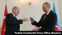 Реджеп Тайип Эрдоган и Ильхам Алиев (архив)