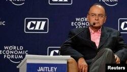 «Служби безпеки ніколи не діляться оперативними деталями», заявив міністр фінансів Індії Арун Джетлі