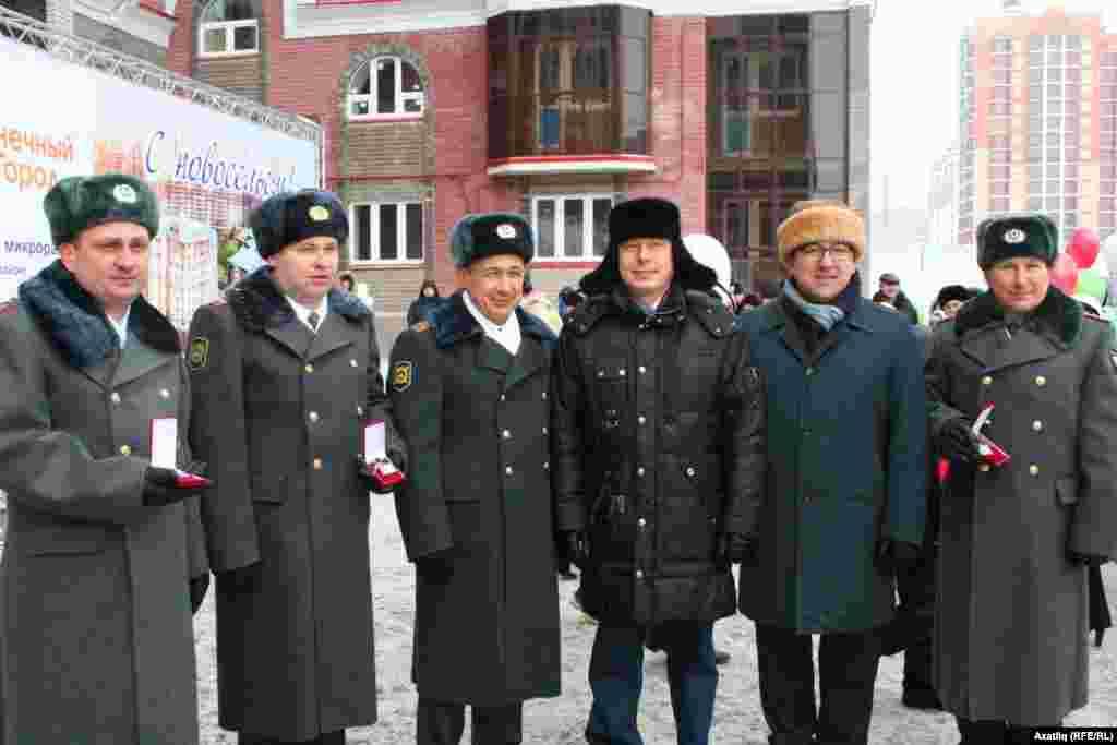 Рифкать Миңнеханов фатирлы булган хокук сакчылары белән