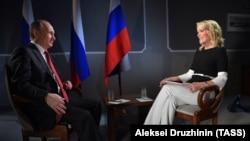 Владимир Путин дает интервью американской журналистке Мегин Келли