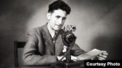 Джордж Оруэлл в студии Би-би-си