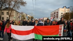 25-nji oktýabrda Lukaşenka garşy geçirilen bir protest ýörişi.
