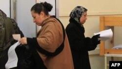 Женщины на голосовании. Эль-Минья, 3 января 2012 года.