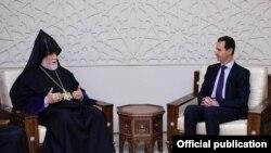 Католикос Великого Дома Киликийского Арам Первый (слева) и президент Сирии Башар Асад, 14 мая 2019 г.
