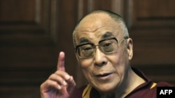 Далай-лама всьоме відвідав Угорщину, Будапешт, 20 вересня 2010 року