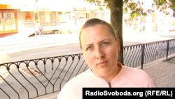 Женщина говорит, что ждала выдачи российских паспортов с 2014 года