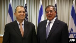 Израиль қорғаныс министрі Эхуд Барак пен АҚШ қорғаныс министрі Леон Пэнетта. Тель-Авив, 01 тамыз 2012 ж