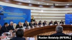 Заседание Общенациональной коалиции демократических сил «Казахстан-2050». Астана, 17 февраля 2015 года.