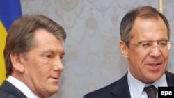 Доклад главы МИД РФ об успехах в развитии СНГ совпал с отсрочкой визита в Россию главы ее принципиально важного партнера по Содружеству