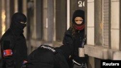 Поліція під час спецоперації в Брюсселі, 25 березня 2016 року