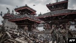 Katmandunun tarixi hissələri də dağılıb