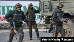 Кашмирдеги Индиянын аскерлери. 18-февраль, 2019-жыл.