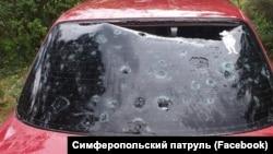 Автомобиль, пострадавший от града в Симферополе