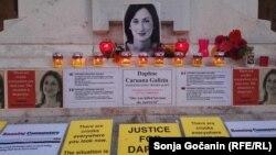 Karuana Galicija, koja je pisala blog protiv korupcije, ubijena je u eksploziji bombe nedaleko od glavnog grada Valete u oktobru 2017. godine