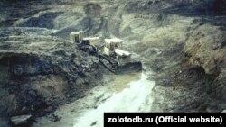 Золотодобыча в Магаданской области (архивное фото)