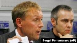 Andrei Lugovoi (majtas) dhe Dmitry Kovtun. Nëntor, 2007.