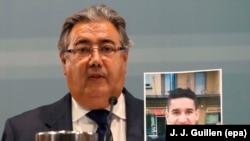 Ministrul de interne spaniol, Juan Ignacio Zoido, arătînd o fotografie a suspectului Younes Abouyaaqoub,identificat ca șofer al furgonetei de la Barcelona