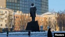 Пам'ятник Леніну в Донецьку (архівне, довоєнне фото)