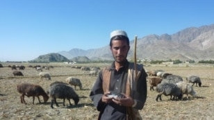 Radio Azadi radio distribution in Khunar province
