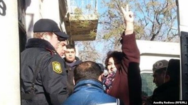 Investigative Journalist and RFE/RL contributor Khadija Ismayilova, in Azerbaijani police custody on December 26, 2014.