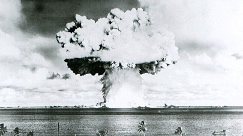 На острове в Тихом океане разрушается могильник ядерных отходов США