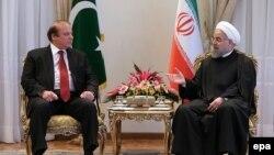 دیدار حسن روحانی با نواز شریف (نخست وزیر پاکستان)، عکس آرشیوی است