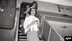 اشرف پهلوی در یکی از سفرهایش به فرانسه در دهه ۵۰ میلادی.