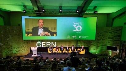 Tim Berners-Li na obeležavanju 30. godišnjice postojanja svetske mreže u CERN-u, 12. mart 2019.