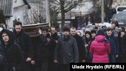 Пахаваньне вучня Аляксандра Р. у Стоўпцах, 13 лютага