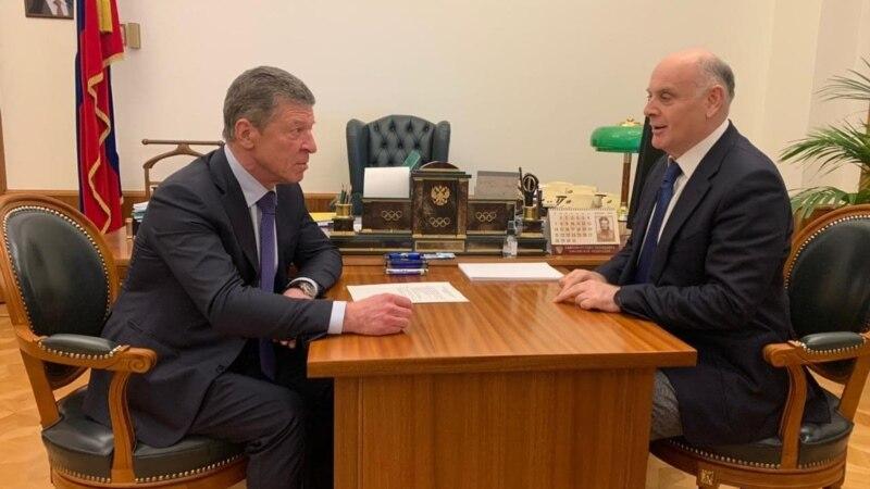 Бжания провел встречи в правительстве и администрации президента РФ