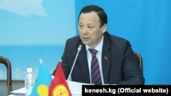 Руслан Казакбаев.