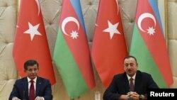 Davutoğlu və Əliyev