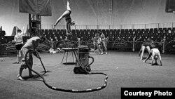 Циркус - проба, фотографија на Маја Аргакиева