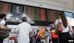 Аэропорт Стамбула. Ночь на 16 июля