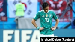 Da je Njemačka igrala briljantno na Svjetskom prvenstvu i da je Ozil bio u formi kao prije četri godine, sve ovo bi bilo zaboravljeno ili makar ignorisano