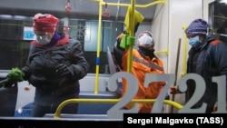 Trolleybus içiniñ antibakterial yuvuluvı. Aqmescit, 2020 senesi martnıñ 31-i