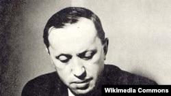Ziaristul și scriitorul Karel Čapek