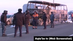 Сгоревший в Актюбинской области автобус. Январь 2018 года.