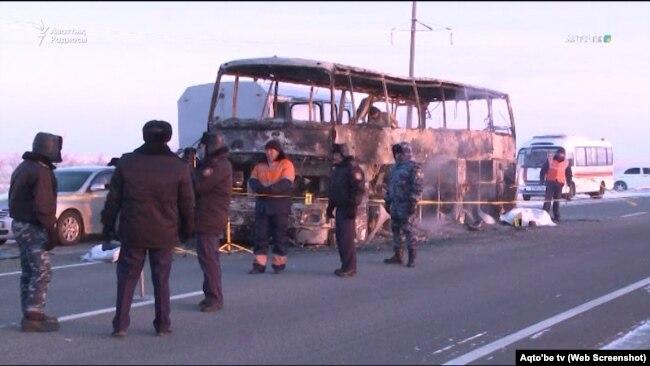 Автобус, сгоревший в Актюбинской области 18 января, архивное фото.