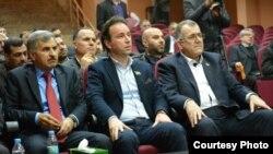 المعارضة السورية في اجتماع في بلدة كيليس التركية في 03 آذار 2015