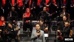 تعداد هفتههای گذشته، چندین اجرای مختلف علیرضا قربانی،خواننده موسیقی سنتی ایران، لغو مجوز شدهاند