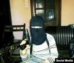 """Сын неизвестного чеченского боевика, воюющего в формированиях группировки """"Исламское государство"""". Осень 2014 года"""