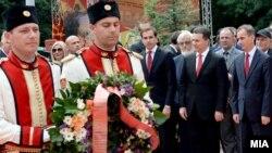 Премиерот Никола Груевски во Пелинце за Илинден.