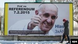 Заклики прийти на «референдум на захист родини» і підтримати його питання агітували від імені папи Франциска